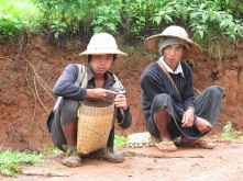 3 days trekking from Kalaw to Inle Lake065