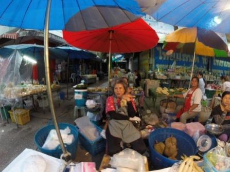 Chiang Rai street market