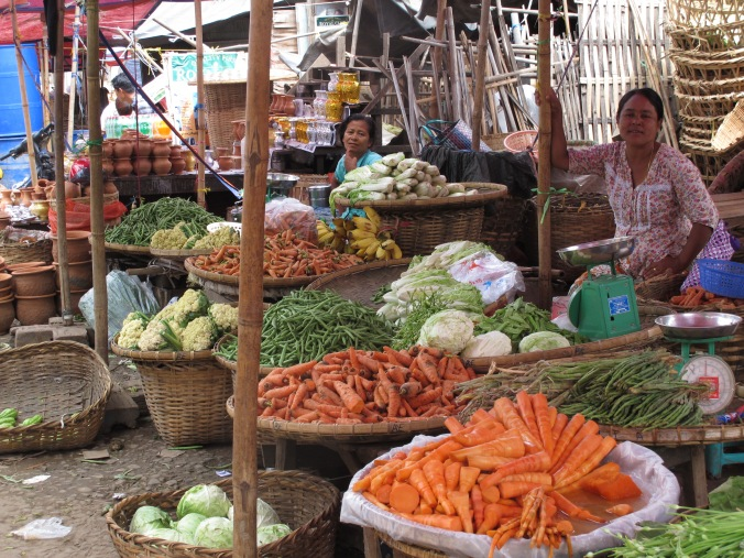 Myanmar Meiktila market12