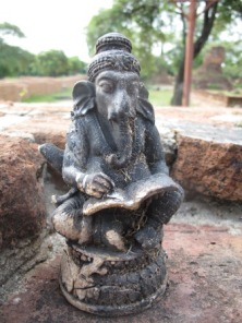 statuetta-religiosa-ayuttaya